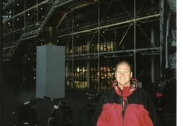 Dan in front of the Center Pompidou