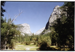 looking into Yosemite Valley
