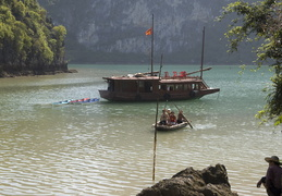 heading onto Cat Ba Island
