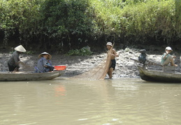 fishing on the Meekong