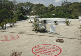helicopter on top of the reunification palace
