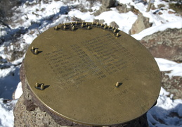 Summit marker