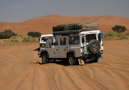 Land Rover in the dunes