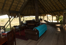 Selinda Camp Lodge