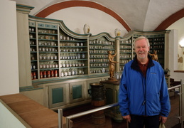 Roland in the pharmacy museum