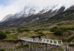 bridge over Rio Paine